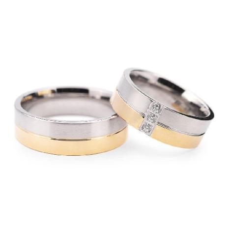 "Golden wedding rings with diamonds ""VMA 132"""