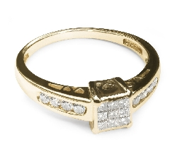 "Engagement ring with diamonds ""Princesses 4"""