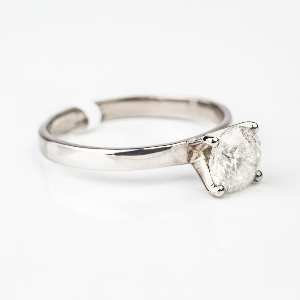"Engagement ring with brilliant ""Unforgettable 2"""