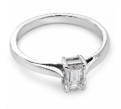 "Engagement ring with diamond ""Strength 41"""