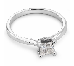 "Engagement ring with diamond ""Princess 13"""
