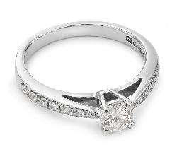 """Auksinis žiedas su Deimantais """"Grakštumas 37"""""""