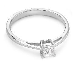 """Auksinis žiedas su Deimantu """"Princesė 15"""""""