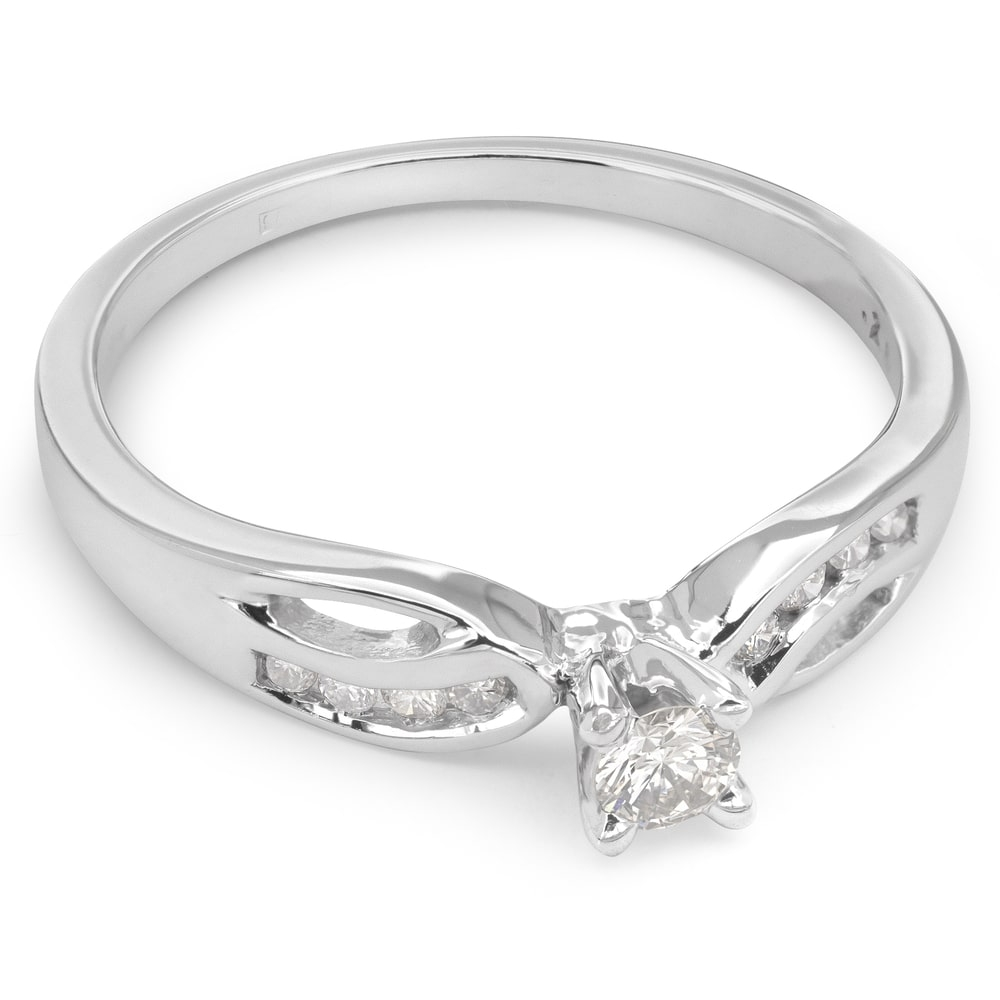 """Engagment ring with brilliants """"Life 18"""""""