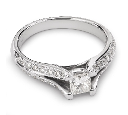 "Engagement ring with diamonds ""Princess 30"""