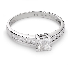 "Engagement ring with diamonds ""Princesses 41"""