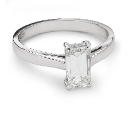 "Engagement ring with diamond ""Unforgettable 13"""