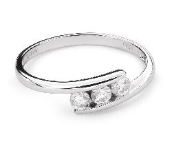 """Auksinis žiedas su deimantu """"Tarp Uolų 20"""""""