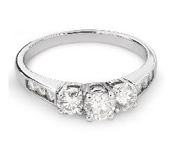 """Auksinis žiedas su Deimantais """"Trilogija 24"""""""