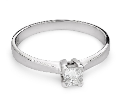 "Engagement ring with diamond ""Princess 68"""