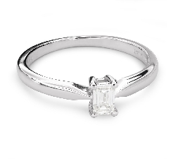 "Engagement ring with diamond ""Strength 101"""
