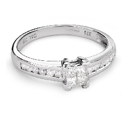 "Engagement ring with diamonds ""Princesses 49"""