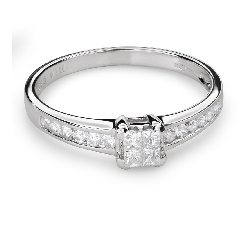 "Engagement ring with diamonds ""Princesses 51"""
