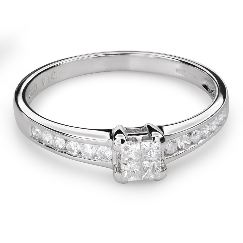 """Engagement ring with diamonds """"Princesses 51"""""""