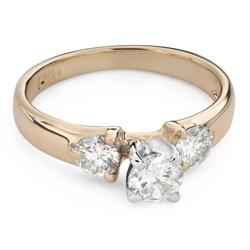 """Engagment ring with brilliants """"Trilogy 39"""""""