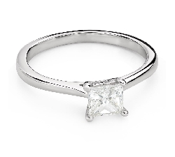 "Engagement ring with diamonds ""Princess 101"""