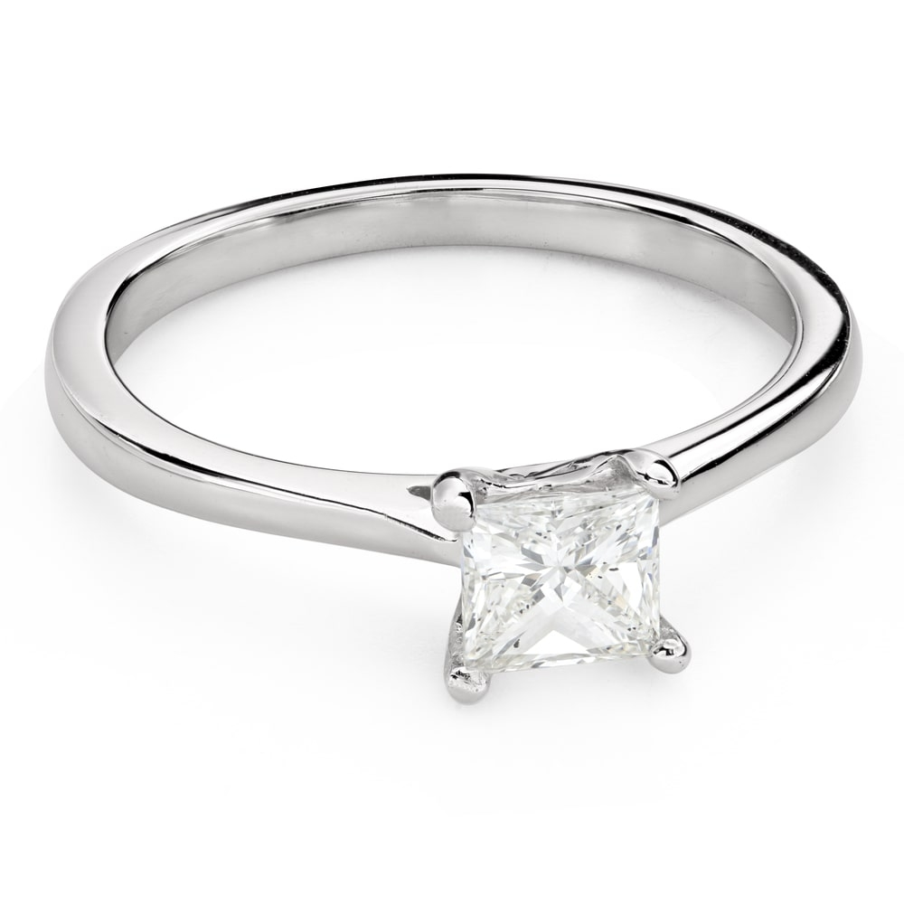 """Engagement ring with diamonds """"Princess 101"""""""