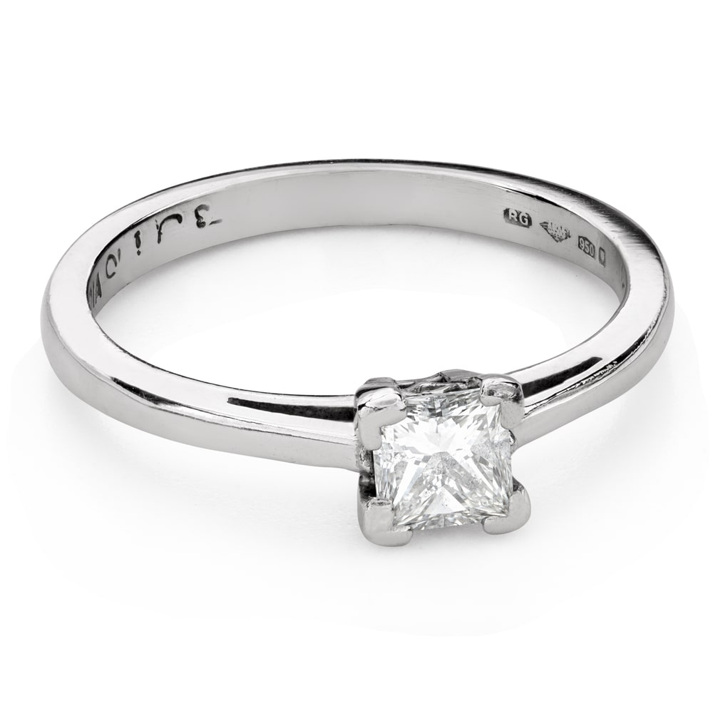 "Engagement ring with diamonds ""Princess 103"""
