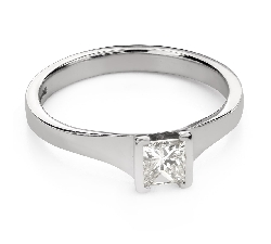 "Engagement ring with diamonds ""Princess 104"""
