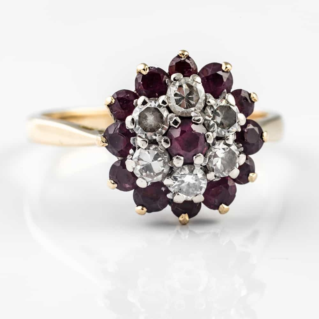 """Auksinis žiedas su Briliantais """"Rubinų gėlelė"""""""