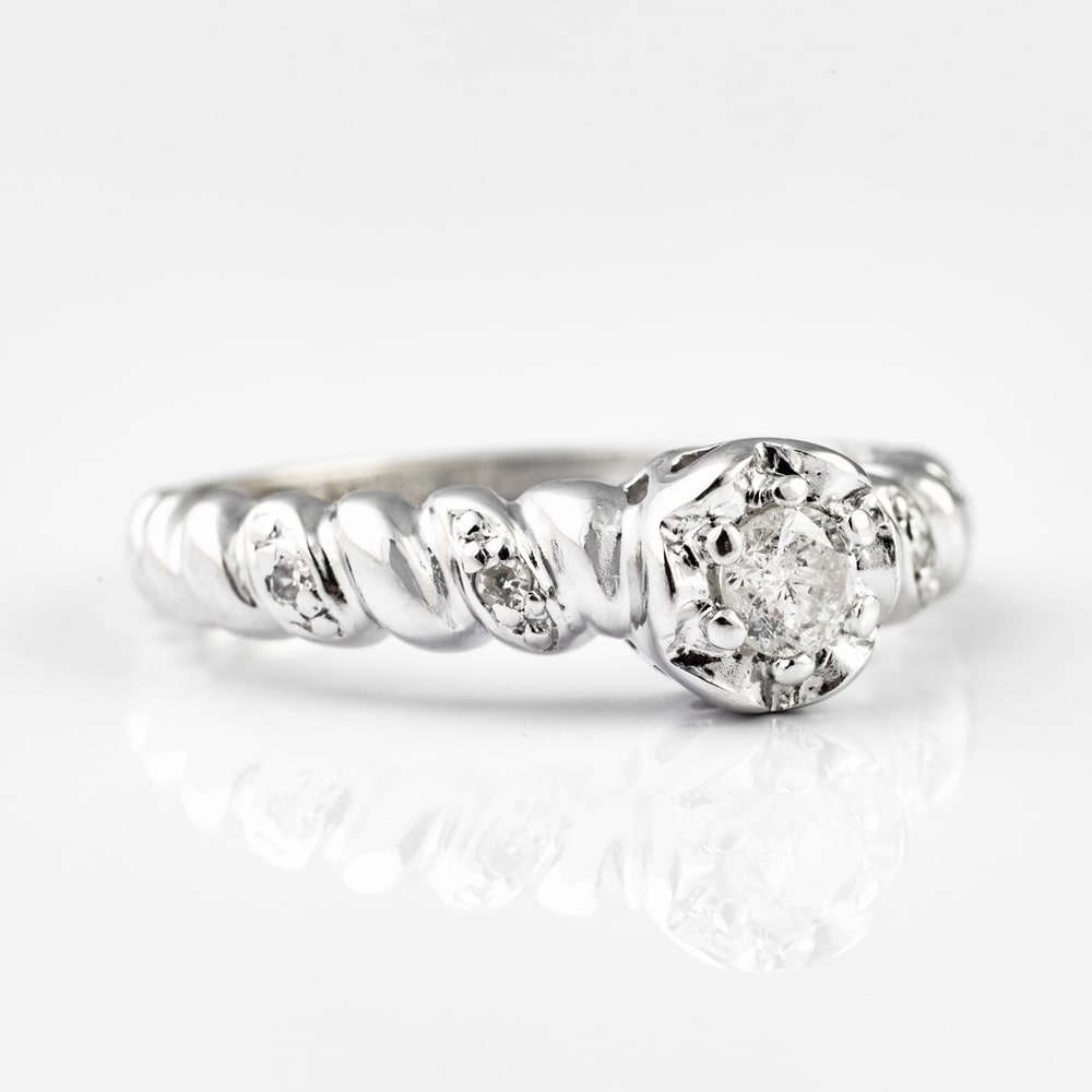 """Engagment ring with brilliants """"Life 2"""""""