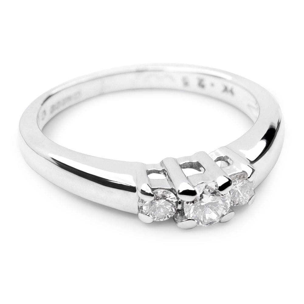 "Engagment ring with brilliants ""Trilogy 2"""